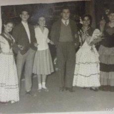 Fotografía antigua: ANTIGUA FOTOGRAFIA.FERIA DE ABRIL.SEVILLA.1957. Lote 56601575