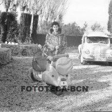 Fotografía antigua: LOTE 3 NEGATIVOS 35 MM MOTO MOTOCICLETA SCOOTER VESPA MATRÍCULA BARCELONA AÑOS 40/50. Lote 57004026