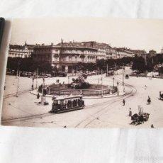 Fotografía antigua: FOTOGRAFIA IMPRESA HAUSER Y MENET. 100. MADRID. PLAZA DE CASTELAR. COMISARIA REGIA DEL TURISMO. Lote 58540759