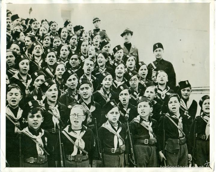 Fotografía antigua: FASCISMO ITALIANO. MUSSOLINI. LOS BALILLAS. LOTE DE 24 GRANDES FOTOS. HACIA 1930-1938. - Foto 8 - 59530171