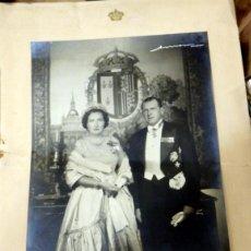 Fotografía antigua: ANTIGUA FOTOGRAFIA DE DON JUAN DE BORBON Y MARIA DE LAS MERCEDES - DEDICADA CON FIRMA AUTOGRAFA DE A. Lote 59738852