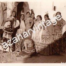 Fotografía antigua: GRANADA, ESPECTACULAR FOTOGRAFIA, GITANAS EN EL ALBAYCIN, 180X110MM. Lote 63007396