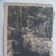 Fotografía antigua: MINUTERO DE FOTOGRAFO DE FERIA : NIÑA VESTIDA DE FLAMENCA EN CABALLITO. Lote 63562440