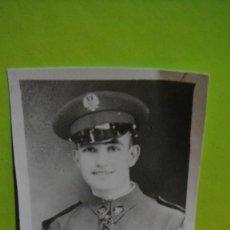 Fotografía antigua: FOTO DE MILITAR - AÑO 1945. Lote 64070911