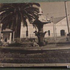 Fotografía antigua: ANTIGUA FOTOGRAFIA DE FUENTE.PUEBLO DESCONOCIDO.AÑOS 50,60. Lote 66866342