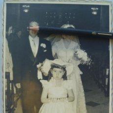 Fotografía antigua: FOTO DE BODA . TETUAN , 1955. DE ESTUDIOS FLORIDO - TETUAN. Lote 71085253