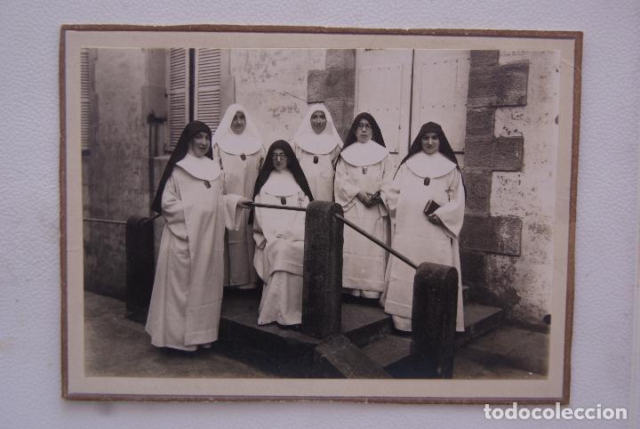CURIOSA FOTO ANTIGUA MONJAS MERCEDARIAS 18 X 13CM (Fotografía Antigua - Fotomecánica)