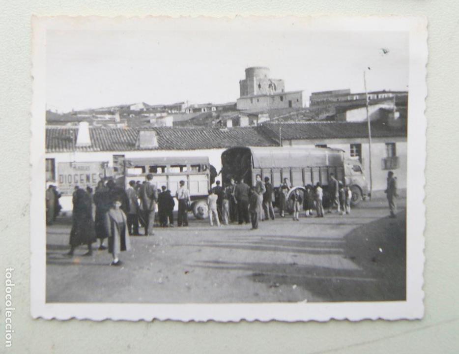 ALBA DE TORMES SALAMANCA 1953 CAMIONES EPOCA (Fotografía Antigua - Fotomecánica)