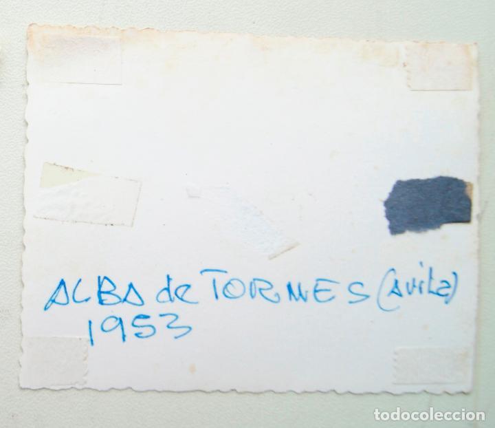 Fotografía antigua: ALBA DE TORMES SALAMANCA 1953 CAMIONES EPOCA - Foto 2 - 71830575