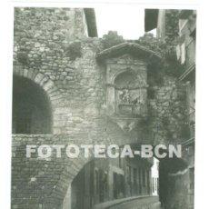 Fotografía antigua: FOTO ORIGINAL CAMPRODON PONT NOU RIO TER CALLE SANT ROC IMAGEN SANT CRISTOFOL AÑOS 50/60. Lote 73145231