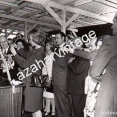 Photographie ancienne: EL FERROL DEL CAUDILLO, 1973, LA PRINCESA DOÑA SOFIA EN LA BOTADURA DEL PETROLERO BUTRON,178X128MM. Lote 76676387