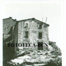 Fotografía antigua: FOTO ORIGINAL RUPIT CASA AÑOS 50/60 - 5,5X4,5 CM. Lote 76865159