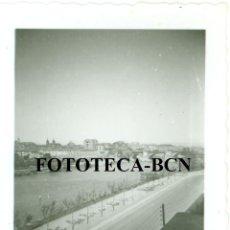 Fotografía antigua: FOTO ORIGINAL ZARAGOZA RIO EBRO PUENTE DE PIEDRA AÑO 1959 - 5,5X4 CM. Lote 77482885