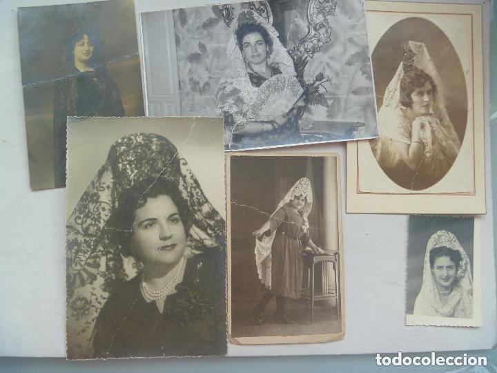 LOTE DE 100 FOTOS DE SEÑORAS Y SEÑORITAS CON MANTILLA Y PEINETA (Photography - Photomechanic)