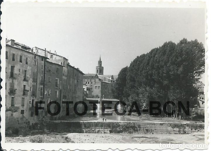 FOTO ORIGINAL BARBASTRO RIO VERO PUENTE DEL PORTILLO AÑO 1955 - 8X5,5 CM (Fotografía Antigua - Fotomecánica)