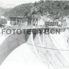 Fotografía antigua: FOTO ORIGINAL PANTANO DE SAU AÑO 1964 - 10X7 CM. Lote 85896204