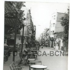 Fotografía antigua: FOTO ORIGINAL ROSES CARRER DEL MIG COSTA BRAVA AÑO 1962 - 10X7 CM. Lote 85902140