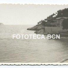 Fotografía antigua: FOTO ORIGINAL PAGUERA CALVIA MALLORCA TURISMO BALEARES AÑO 1948 - 8X5,5 CM. Lote 86438380