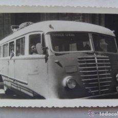 Fotografía antigua: FOTO AUTOCAR SERVICIO OFICIAL DEL PARQUE MOVIL MINISTERIAL, PMM . CADIZ , 1960. Lote 86468644