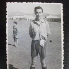 Fotografía antigua: PROTECTORADO : MILITAR FUTBOLISTA . TARGUIST, MARRUECOS, 1946.. Lote 86650480