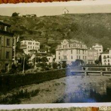 Fotografía antigua: FOTO LUARCA,ASTURIAS, ORIGINAL, AÑOS 50,BUEN ESTADO, LA QUE SE VÉ . Lote 89410804