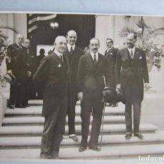Fotografía antigua: 1929-REY ESPAÑA ALFONSO XIII Y EL EMBAJADOR AMERICA.EXPOSICIÓN IBERO-AMERICANA. FOTO ORIGINAL GRANDE. Lote 89487840
