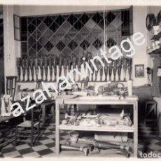 Fotografía antigua: SEVILLA,1938, TALLER DE APARATOS ORTOPEDICOS, MUY RARA, 120X175MM. Lote 89731316