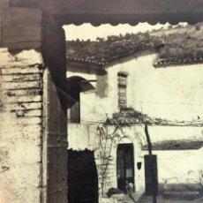 Fotografía antigua: CAN JAUME D'OLESA. CASA DE CAMPO CATALANA. FOTOGRAFIA. FIRMADA P. ELIES. ESPAÑA. 1935. Lote 91467815