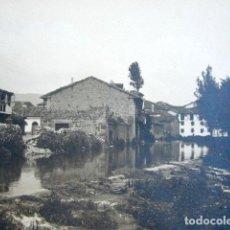 Fotografía antigua: ANTIGUA FOTOGRAFÍA AGUILAR DE CAMPOO, PALENCIA. CASTILLA Y LEÓN. 18 X 13 CM . Lote 94119195