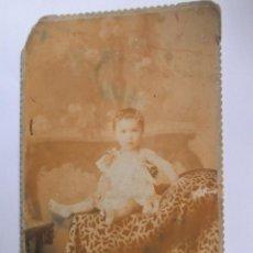 Fotografía antigua: NIÑA FOTO CARTON DURO. GIRL PHOTO ISOREL. GIRL PHOTO CARTON HARD.. Lote 95716155