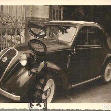 Fotografía antigua: ANTIGUA FOTO, COCHE SIMCA-5 Ó FIAT 500 TOPOLINO, 1952, 7X10. Lote 95832771