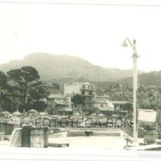 Fotografía antigua: FOTO ORIGINAL PUERTO DE SOLLER MALLORCA BALEARES AÑOS 60 - 9,5X6,5 CM. Lote 97268027