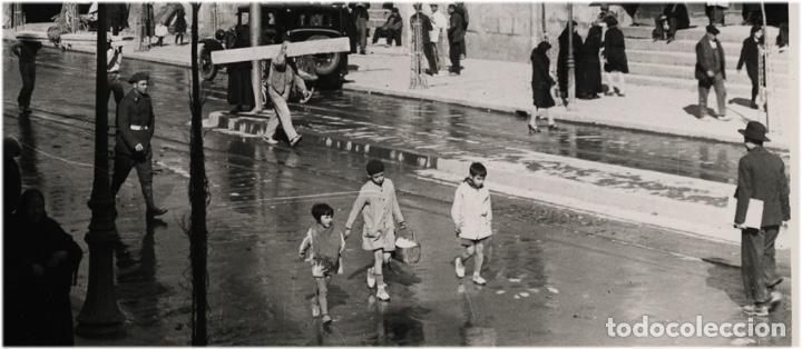 Fotografía antigua: Valencia: antigua fotografía de La Lonja - Detalle en foto adicional - Copia vintage - Foto 2 - 98513279