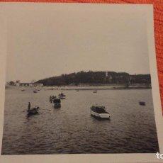 Fotografía antigua: ANTIGUA FOTOGRAFIA.VISTA DE BAYONA.VIGO AÑOS 50?. Lote 99904503