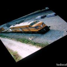 Fotografía antigua: FOTOGRAFÍA ORIGINAL LOCOMOTORA ALCO 1600-2 *VIAS* EX-RENFE, ALTAFULLA 12 JULIO 1995. TAMAÑO 10 X 15.. Lote 101132995