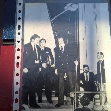 Fotografía antigua: FOTO SS.MM JUAN CARLOS I-SALON NAUTICO 1982. Lote 103207731