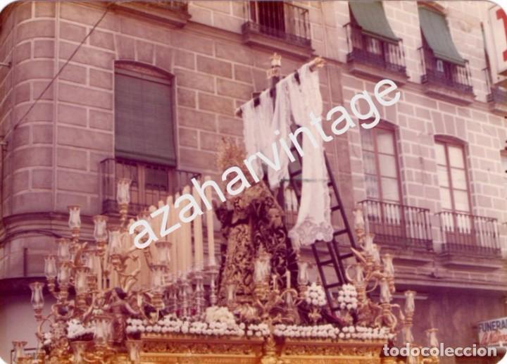 SEMANA SANTA SEVILLA, 1977, LA SOLEDAD DE SAN LORENZO, 125X90MM (Fotografía Antigua - Fotomecánica)