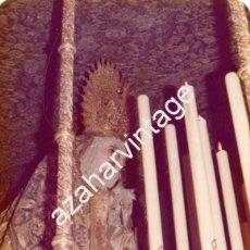 Fotografía antigua: SEMANA SANTA SEVILLA, 1977, VIRGEN DEL LORETO, HERMANDAD SAN ISIDORO, 125X90MM. Lote 105020287
