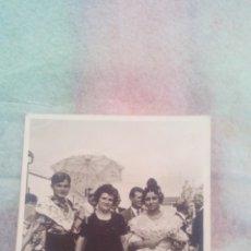 Fotografía antigua: JOVEN EN TRAJE REGIONAL DE FALLERA (VALENCIA). Lote 107834071