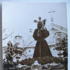 Fotografía antigua: SEMANA SANTA DE SEVILLA : FOTO DE PASO DE CRISTO NAZARENO.. Lote 108304587