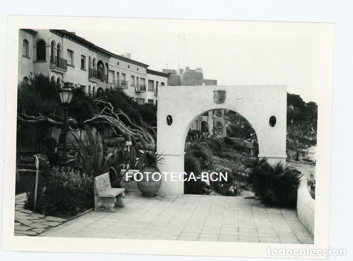 FOTO ORIGINAL COMPLEJO ROC DE SANT GAIETÀ RODA DE BARÀ TURISMO AÑO 1974 (Fotografía Antigua - Fotomecánica)