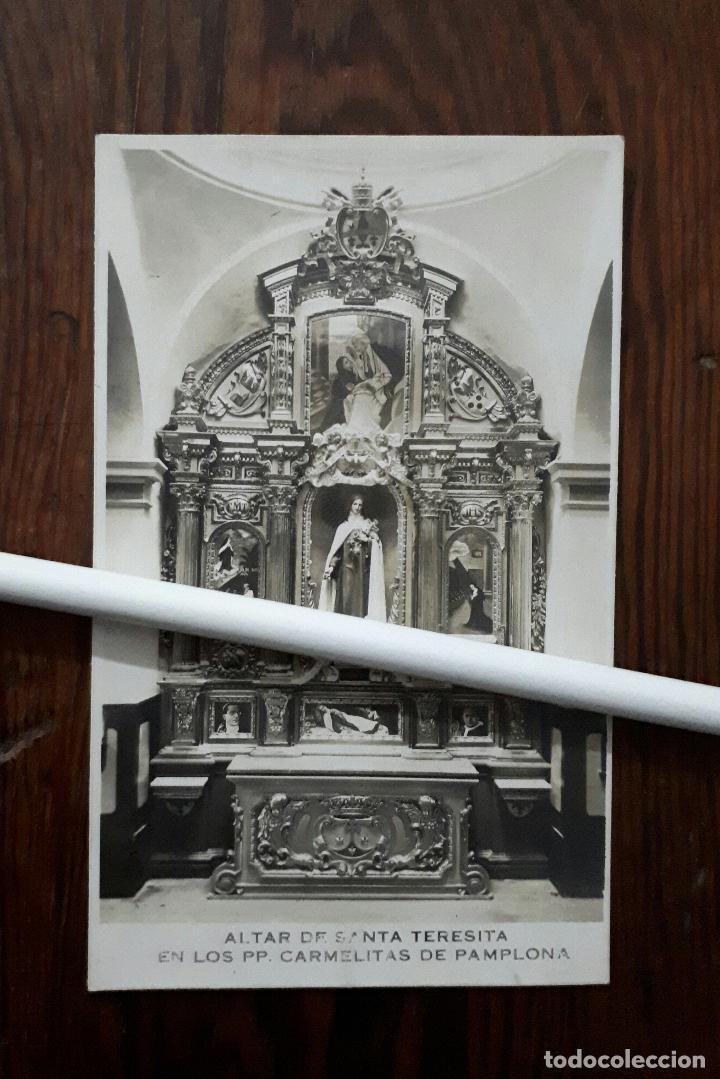 ANTIGUA FOTOGRAFIA DEL ALTAR DE SANTA TERESITA DE LOS PADRES CARMELITAS DE PAMPLONA NAVARRA (Fotografía Antigua - Fotomecánica)