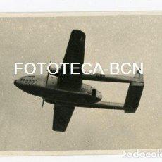 Fotografía antigua: FOTO ORIGINAL AVION DE TRANSPORTE FAIRCHILD USA AIR FORCE AVISTADO EN CATALUNYA EN 1953. Lote 109541995