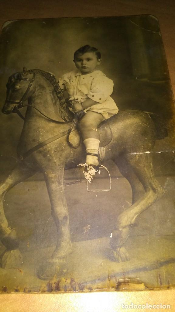 Fotografía antigua: Foto antigua niño montado en caballo balancín, mirar fotos - Foto 4 - 110633995