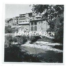Fotografía antigua: FOTO ORIGINAL BAGÀ VISTA DE LA POBLACION AÑO 1954. Lote 111379827