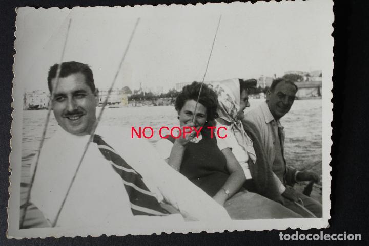 FOTOGRAFÍA TARRAGONA, COSTA 1948 BARCO VELERO NAVEGAR FOTO VALLVÉ (Fotografía Antigua - Fotomecánica)