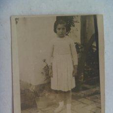 Fotografía antigua: MINUTERO FOTOGRAFO CALLEJERO DE NIÑA , AÑOS 40. Lote 114749815