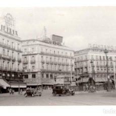 Fotografía antigua: MADRID 1943 PUERTA DEL SOL - 18 X 11 CM. Lote 115624647