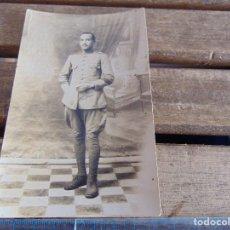 Fotografía antigua: FOTO FOTOGRAFIA TARJETA POSTAL MILITAR MILITARES DESTINO EL ARAHAL. Lote 116992263