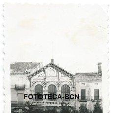 Fotografía antigua: FOTO ORIGINAL CENTRO AGRICOLA DEL PANADES VILAFRANCA DEL PENEDES AÑOS 40. Lote 119525279